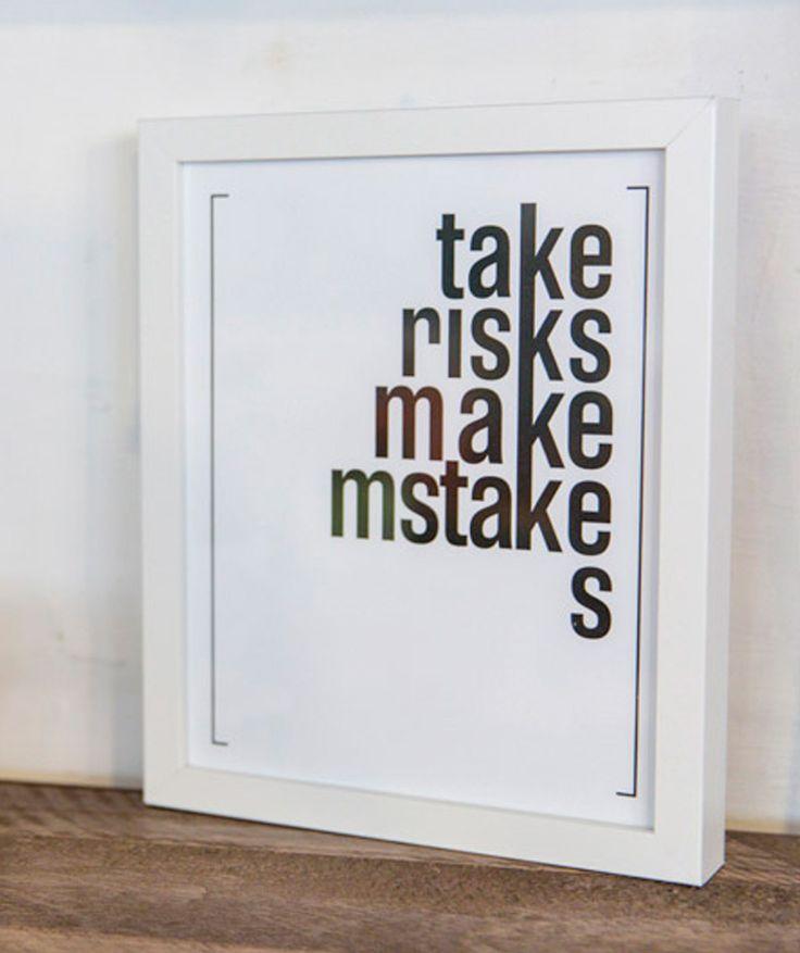 [TAKE RISKS] (Toma riesgos, comete errores) - Cuadro, decoración para paredes. $99.900 COP (envío gratis). Cómpralo aquí--> https://www.dekosas.com/productos/decoracion-hogar-love-to-be-framed-words-take-risks-medium-detalle