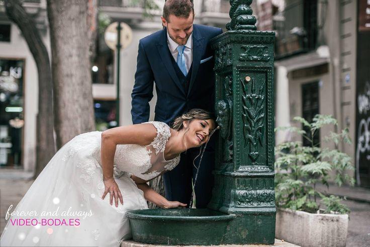 Cuando en una boda todo sale bien, es cuando miras tus fotografías y te pones a llorar pòr aquello que ya pasó, por aquello que ya se vivió. #portrait #wedding #bridetobe #details #valencia #reportajes #fotografías #bodas #sesión #fotos #enamorados #love #fotos #parejas #fotografías #originales