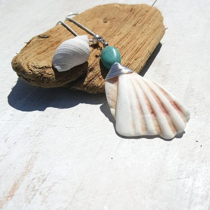 This boho necklace has a beautiful Irish shell fragment & a turquoise oval. Elegant and sophisticated, yet romantic and earthy. I know that so many people, like me, feel the call of the sea and the salty breeze in their soul. My aim is to bring a little slice of that romantic ocean escape to my cu