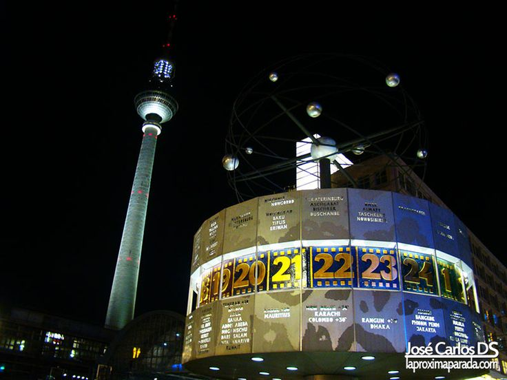 Alexanderplatz Fernsehturm Reloj Mundial Berlin