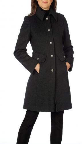 Sapphire | Raffinalla  Raffinati designed this elegant and chic coat to keep you warm this winter. All Raffinati coats are fully lined with interlining and chamois for added warmth against our cold Canadian winters.