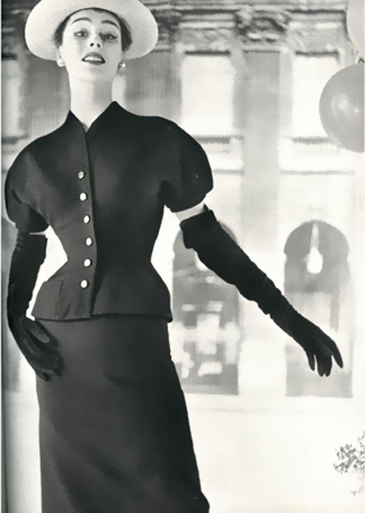 Tulip suit by Dior, 1953