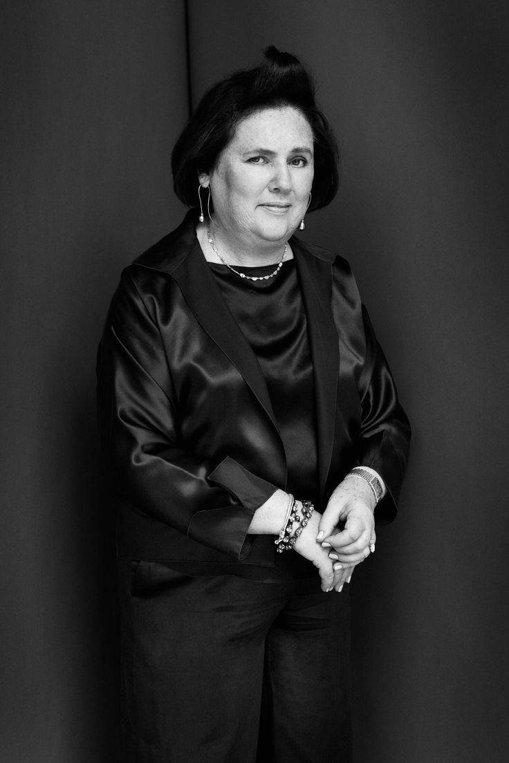 Cristina carlino family - It Is Time To Introduce The Most Respected Fashion Critic Suzy Menkes By Jane Curtain