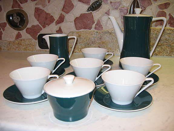 LILIENPORZELLAN DORA GRÜN Kaffeeservice 190,---