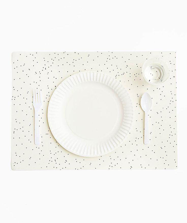 This block-printed placemat set brings together the seemingly disparate worlds of disposable and one-of-a-kind. | huntingforgeorge.com