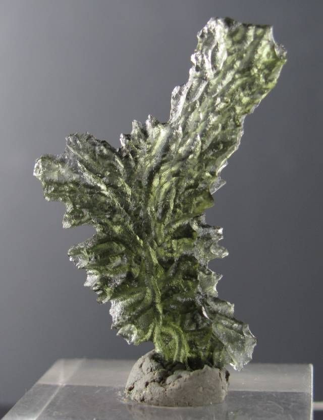 +AAA Rare super shape Moldavite 13 cts from Besednice - Rockshop.cz - Fine Minerals,Moldavites and Jewelry