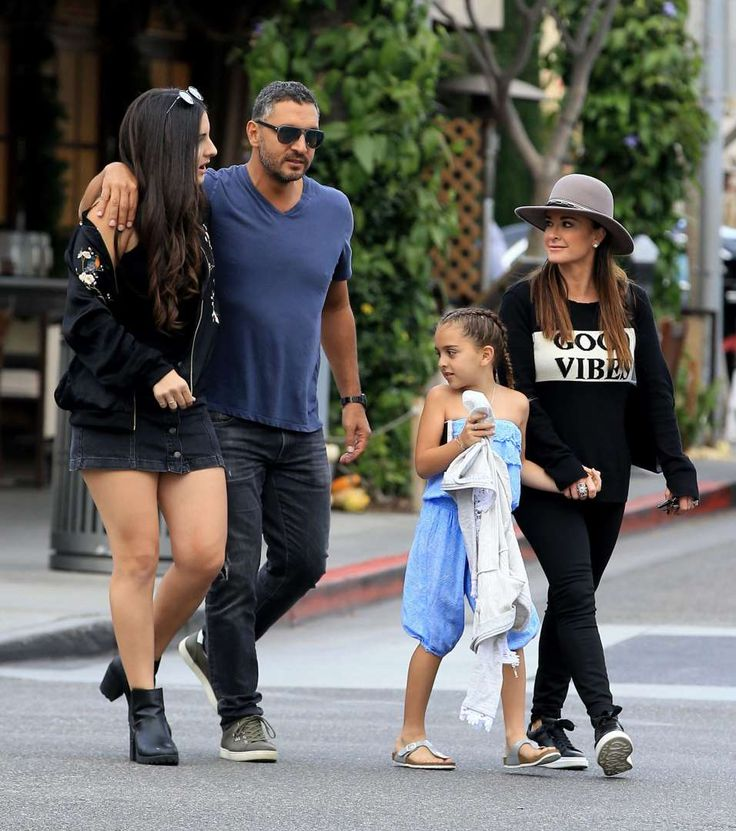 Celebs and their cute kids in 2016:      Kyle Richards, husband Mauricio Umansky and two of their kids spent time out and about in Beverly Hills on Oct. 15.