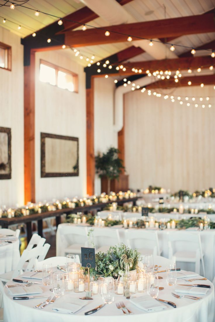 twinkle lights indoor wedding reception | Photography: Ann Claire Brun Photography