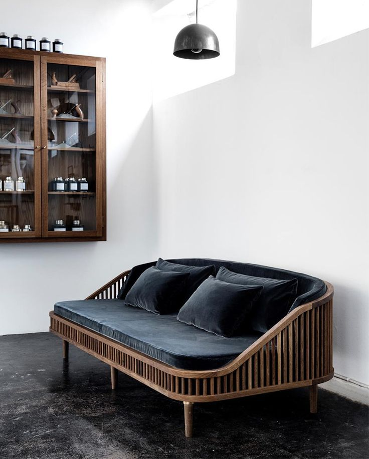 { Rattan and velvet sofa } @dallasshaw -★-