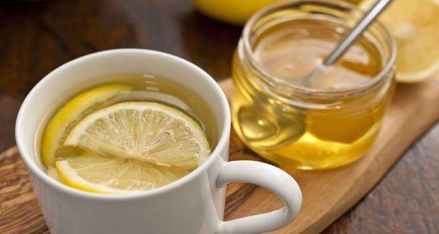 Ella tomó agua con miel y limón todas las mañanas, durante un año, lo que le sucedió es extraordinario.