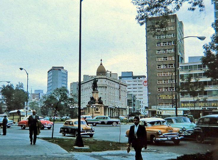 La Glorieta de Colón y el Paseo de la Reforma en 1963