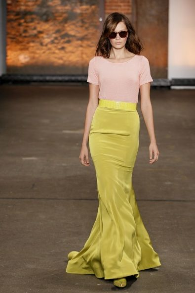 color combo + that skirt flows perfectly (Christian Siriano Spring 2012)