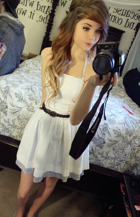 Pretty Color And Curls Hair Love Cute Dresses