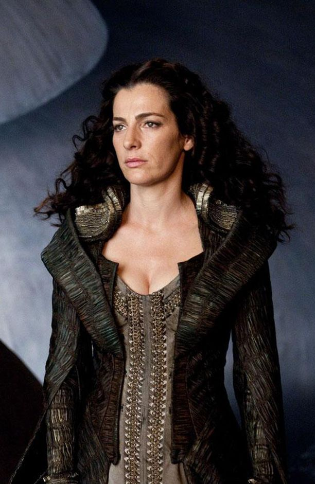 Lara Lor-Van (Ayelet Zurer) 'Man of Steel' 2013. Costume designed by James Acheson and Michael Wilkinson.