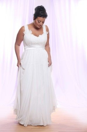 Waist is a little higher on this one but still the same idea with the soft flowing bottom skirt.