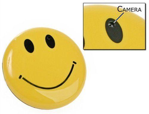 Visionaer ® Spy Cam / Spionagekamera versteckt in einem SMILEY Anstecker (Kam... http://amzn.to/2dL2mT9 via @amazon #testsiegertips