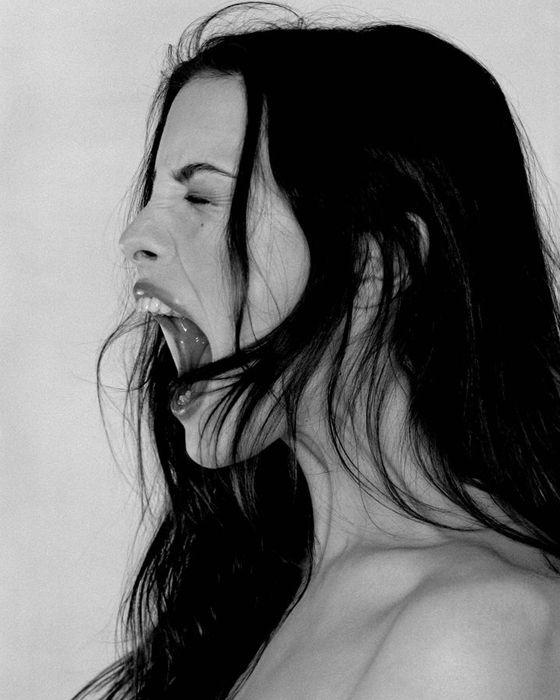 Inspire, respire e não pire! A ansiedade é um problema que tem afetado muitas mulheres. Aprenda a identificar seus sintomas e evitá-los nesse post