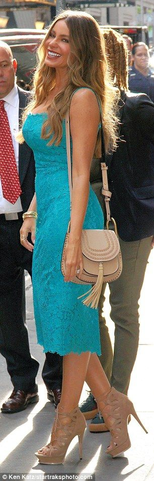 Tantalizing in teal! The Modern Family star donned a low-cut number after…