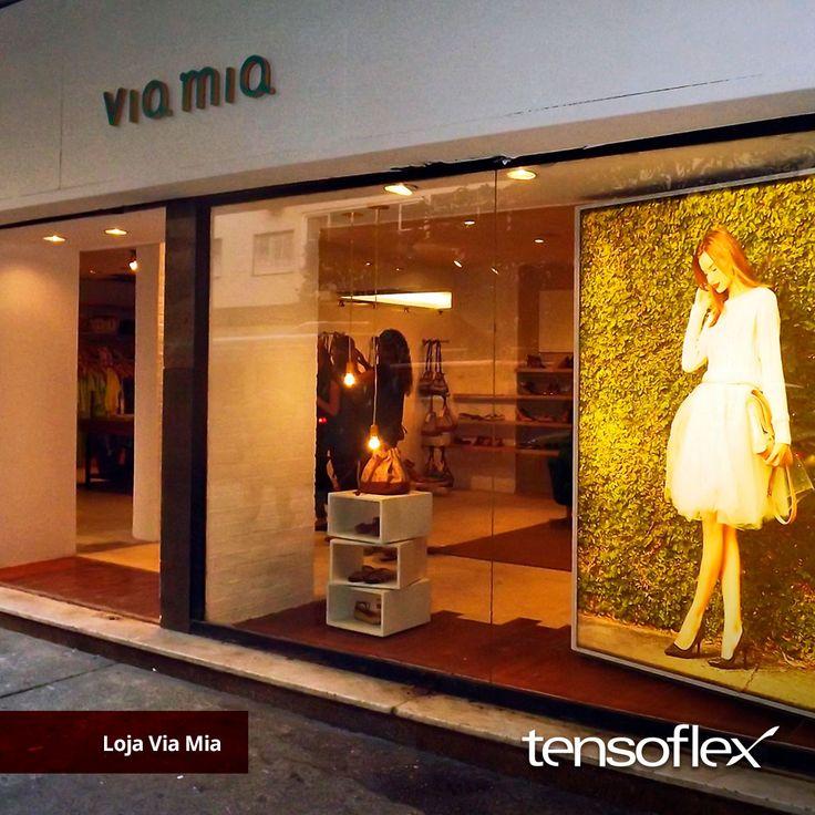 Painel em tela Tensoflex impressa em alta resolução.