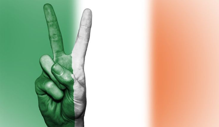 Diana Uribe narra los episodios que envolvieron las negociaciones para buscar una salida al conflicto. Historia de Irlanda Capítulo 23