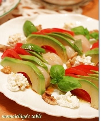 サラダやディップ以外にも色々あるよ♪栄養たっぷり「アボカド」レシピ ... アボカドとほたて、トマトの3色サラダ