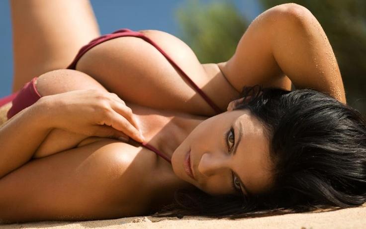 b691c538752b7529a8db4e20f5424bea--super-hot-babes-photos-google.jpg