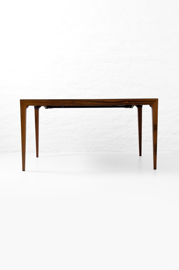 Kai Winding & Poul Hundevad rare palisander dining table at Studio Schalling