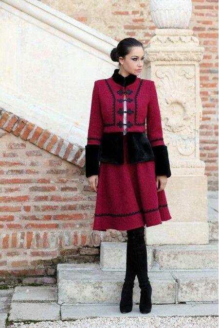 Sacou Stofa Dama Romanesc din lana - Eleganta