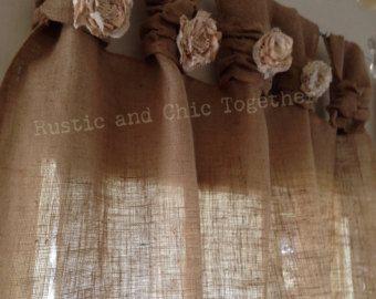 Artículos similares a Tabs de arpillera y lino ancho fruncido cortinas-té teñido rosas en Etsy