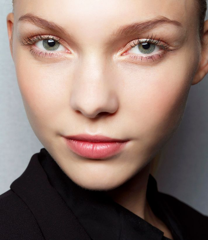How to Remove Dry Skin Around Nose | StyleCaster