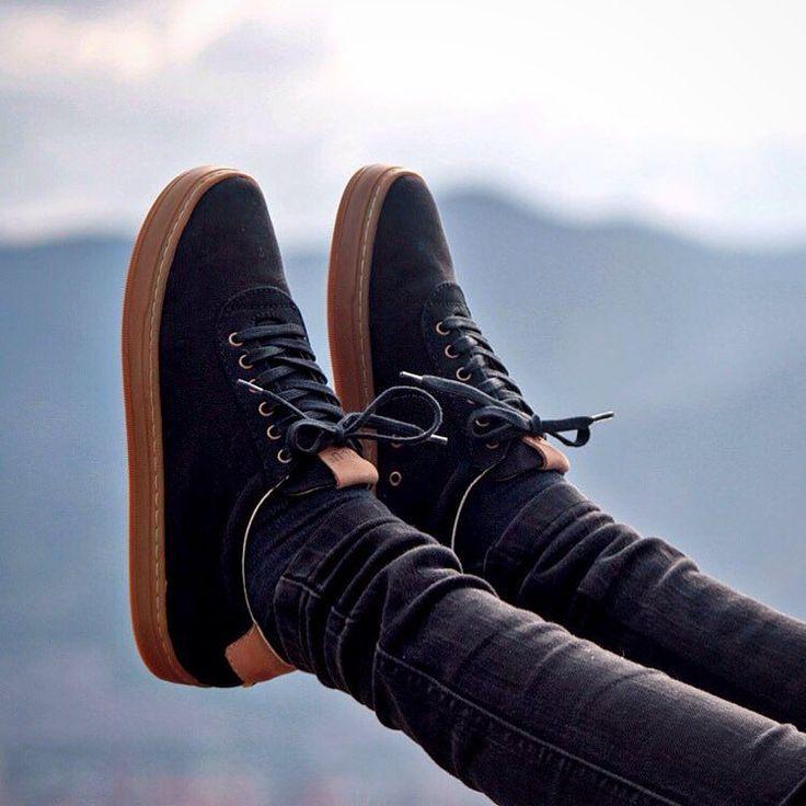 The CO.4 Black & Gum. Style and comfort on a pair of sneakers. Get yours now at SYOU.com  Los CO.4 Black & Gum. Comodidad y estilo en un par de tenis. Lleva los tuyos ya en SYOU.com #SYOUandColombia #black #negro #comfort #style #comodidad #estilo #MadeinColombia #sneakers #WalkWithUs