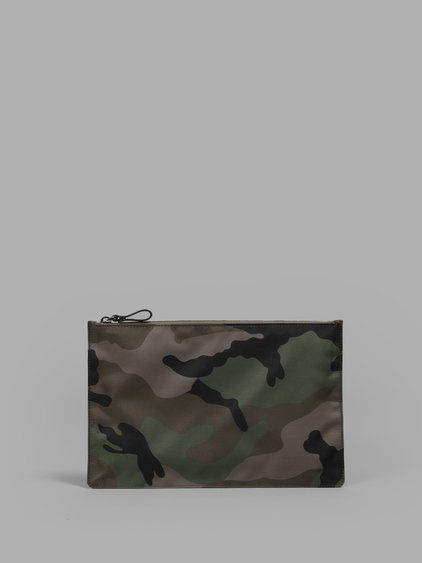 VALENTINO Valentino Green Army Camouflage Pouch. #valentino #clutches & pouches