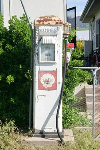 Old petrol pump at Tintaldra, Victoria