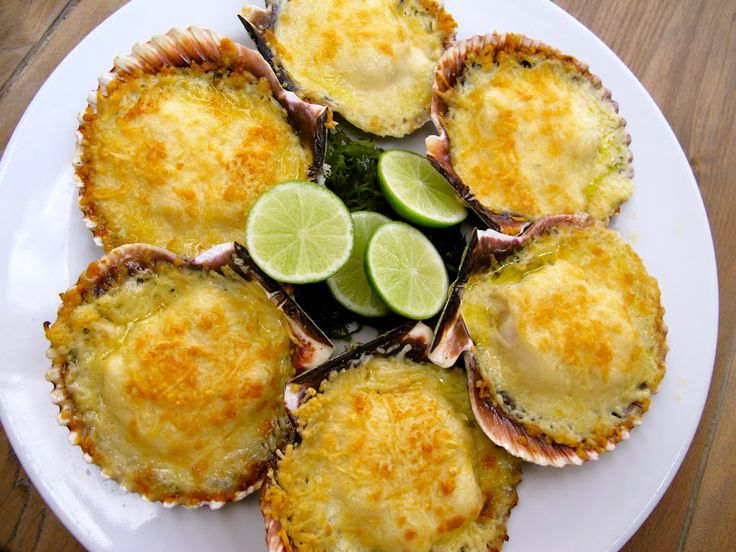 Scallops au gratin  This is a dish that will surely impress your guests.