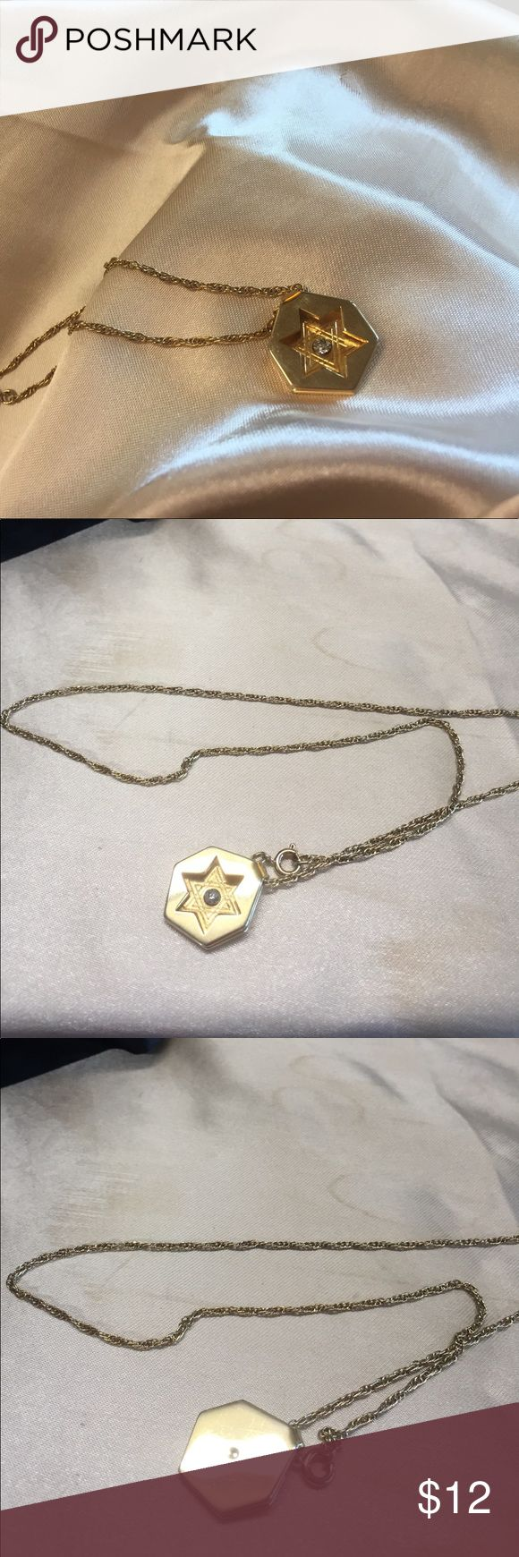 Vintage star pendant Vintage gold tone shadow box star pendant Jewelry Necklaces