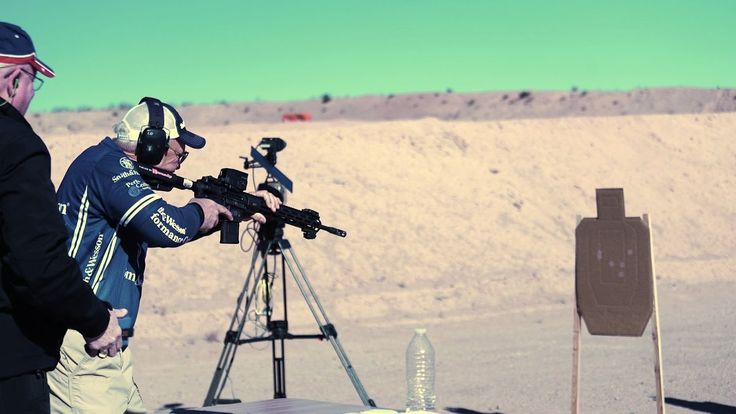 Jerry Miculek Sets World Record with Vortex Razor AMG UH-1