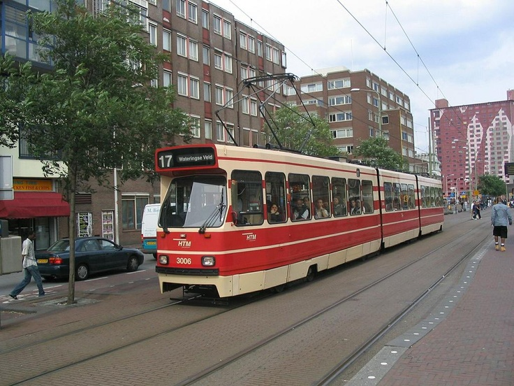 one way to travel in den haag