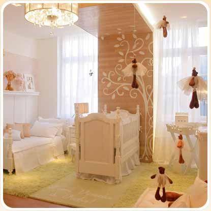 Atelier da Andrezza: Quartos de Bebê _ móveis antigos não perdem o glamour nunca!