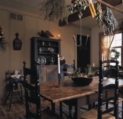 70 best images about primitive dining rooms on pinterest for Primitive dining room ideas