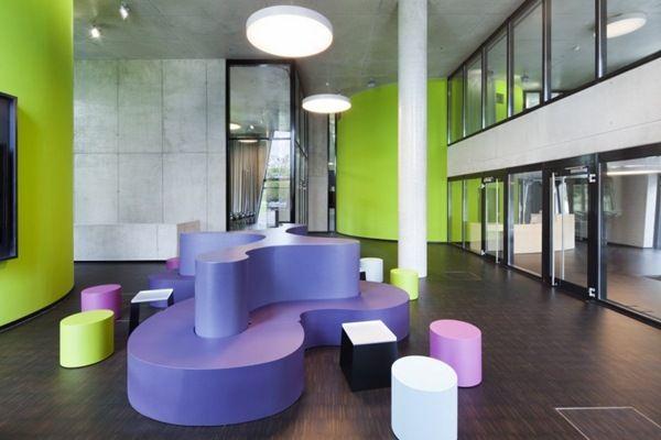 Moderna Biblioteca Médica OASE / HPP Arquitectos