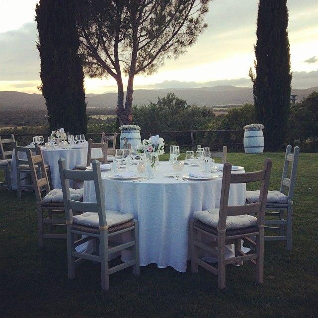 "@tuscandream1's photo: ""#country #chic #vineyardwedding #tuscany #maremma  #carolinaplanner #tuscan #dinner"""