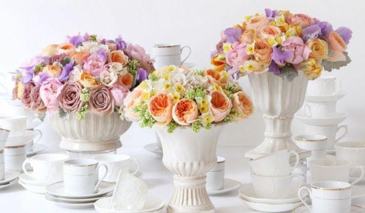 Фото натюрморты. Цветы на столе-праздник для души