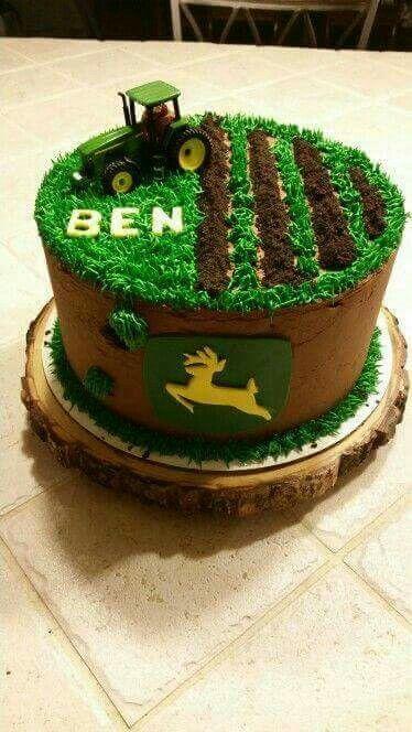John Deere.......cake