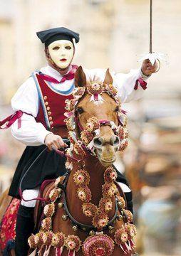 Reiterfest Sardiglia auf Sardinien, Warmblut , Fuchs