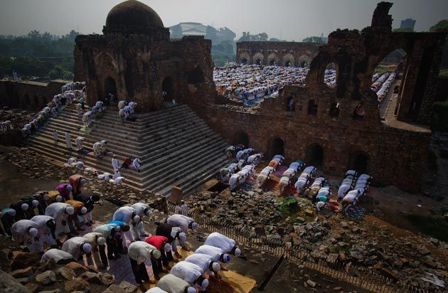 #Jummah prayer in #India, mashAllah! What are the virtues of going early to Friday prayer?