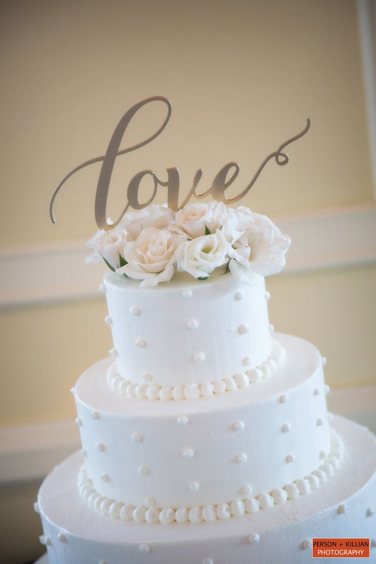 Pearl beading for wedding cakes