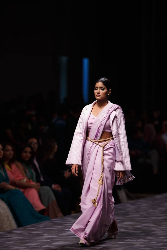 Treseme Bangladesh Fashion Week 2019 Collection Of Maheen Khan Fashion And Lifestyle Picture Source Https Www Facebook C Fashion Fashion Week Treseme