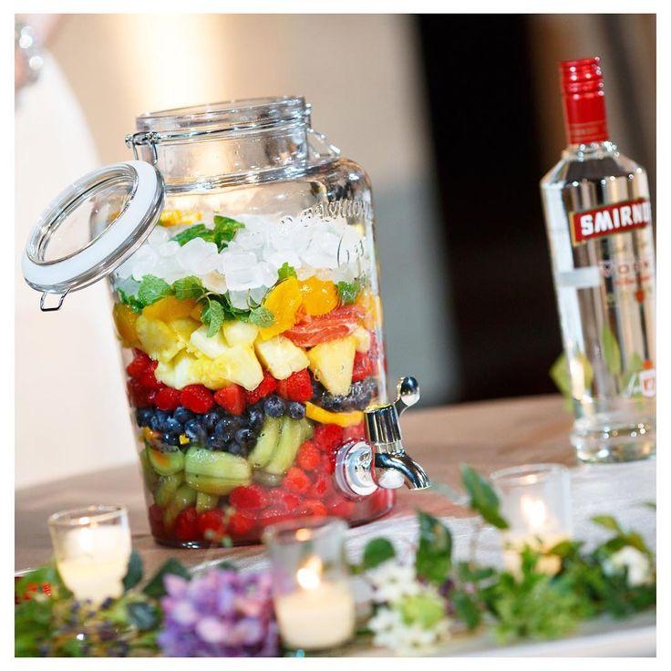 ゲスト参加型の披露宴演出♡テーブルラウンドの新種、【果実酒作り】の魅力とやり方まとめ* | marry[マリー]