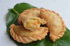 Diah Didi's Kitchen: Tips Membuat Pastel Murah Meriah, Renyah & Enak