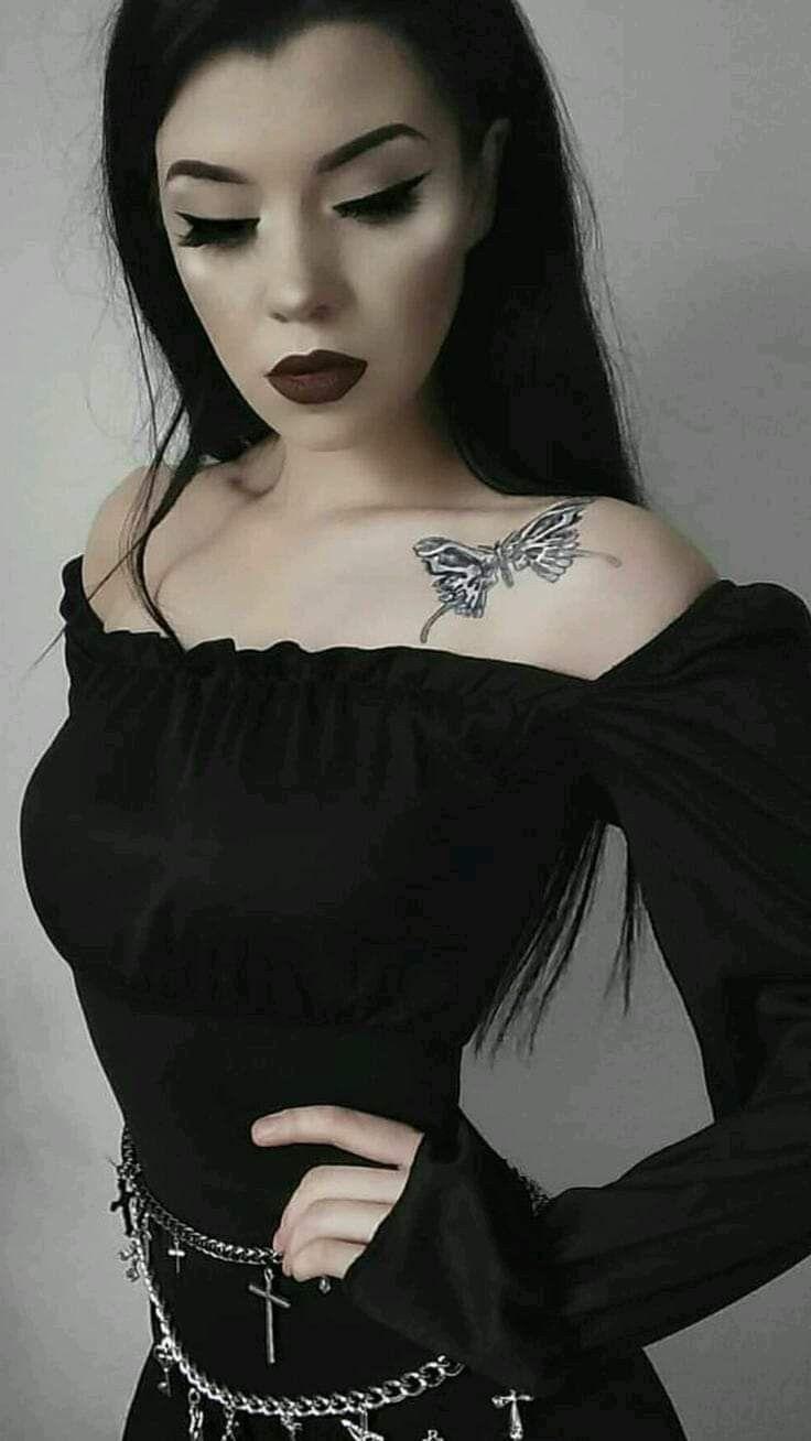 Girl hot gothic Gothic Singles,